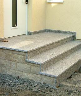 Herstellen und Versetzen einer Außentreppe