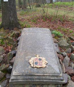 Grabplatte - Heinrich Maximilian von Klotz, Bärenfels